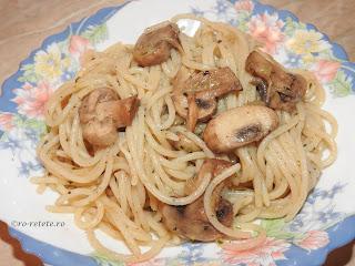 Paste cu ciuperci de post reteta italiana traditionala retete culinare spaghete spirale melci penne cu legume retete si preparate culinare mancaruri de casa,
