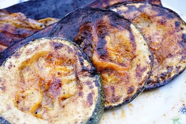 jak przygotować grillowane cukinie i bakłażana? co przygotować na grilla?