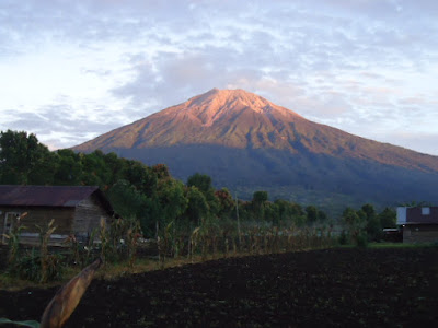 My Adventure To Kerinci Mountain-Victoria Traveling