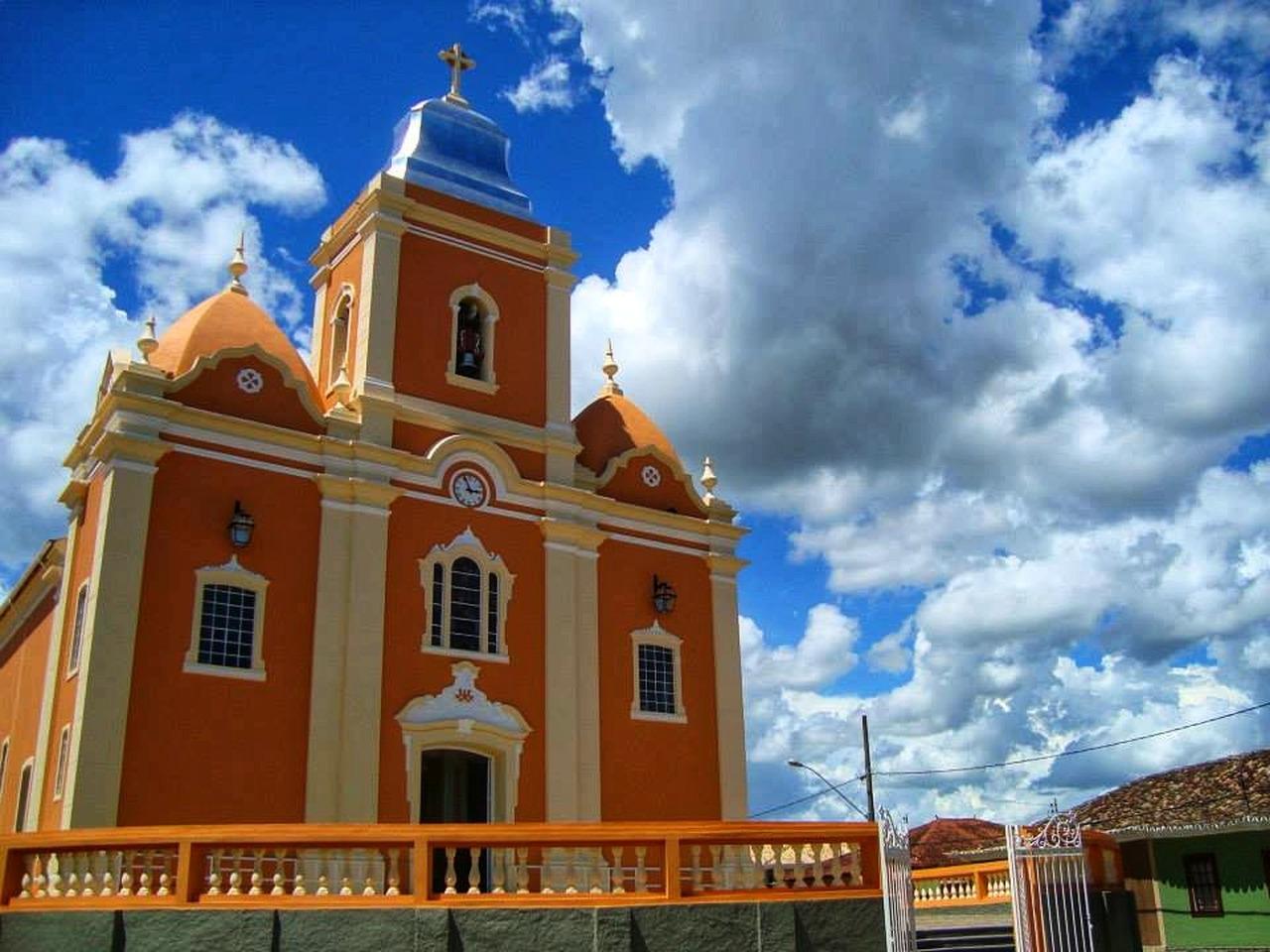 Igreja Matriz de Nossa Senhora da Penha de França, Resende Costa, Estrada Real