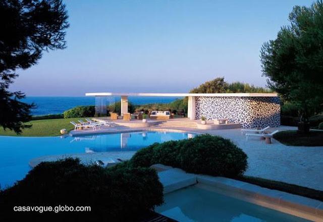 Casa Nara Monadadori en Cap Ferrat, Francia obra de Oscar Niemeyer