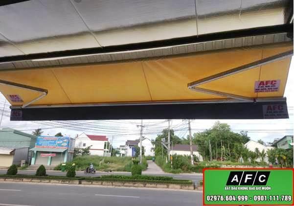 Thi công mái bạt xếp- Mái bạt kéo di động Phú Quốc