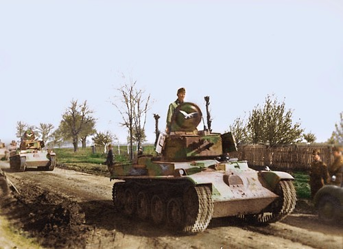 10 April 1941 worldwartwo.filminspector.com Hungarian tanks