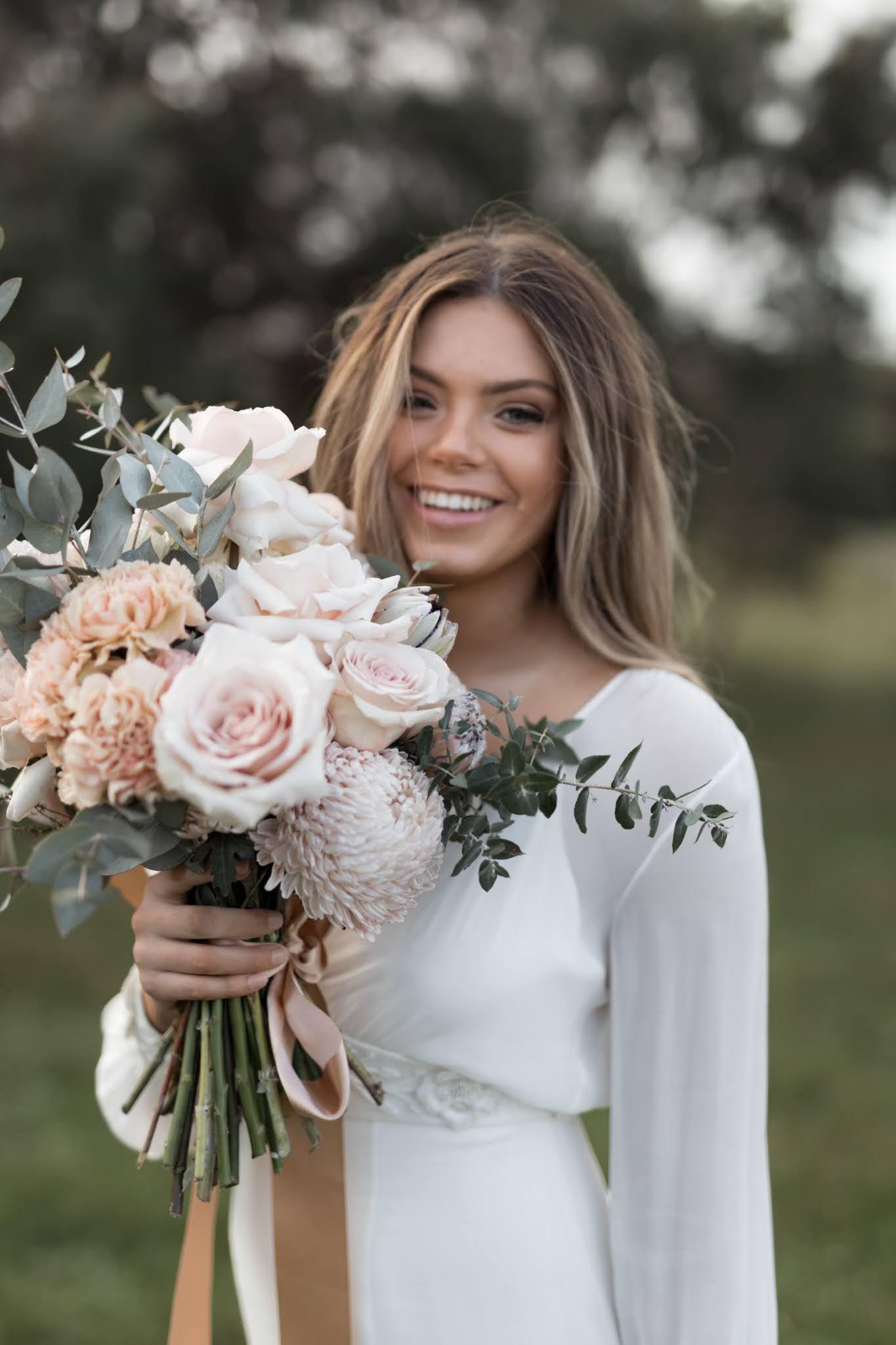 STYLED SHOOT:  FLEURS DE LYS | MODERN ROMANTIC BRIDAL + RECEPTION EDITORIAL YALLINGUP WA