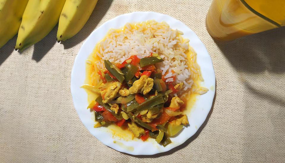 receita caril de frango com legumes