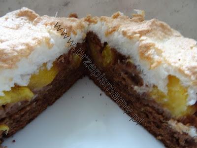Ciasto kakaowe z brzoskwinią i kokosem