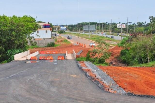 Ajustes finais na ponte sobre o Córrego Vicente Pires