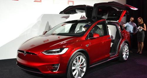 Tesla Rayakan Tahun Baru Cina Dengan Model X Signature Red Limited Edition Headline News Berita Terbaru Masakini