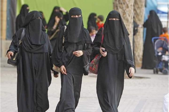 شروط الاستغناء عن الكمامة بارتداء النقاب في السعودية