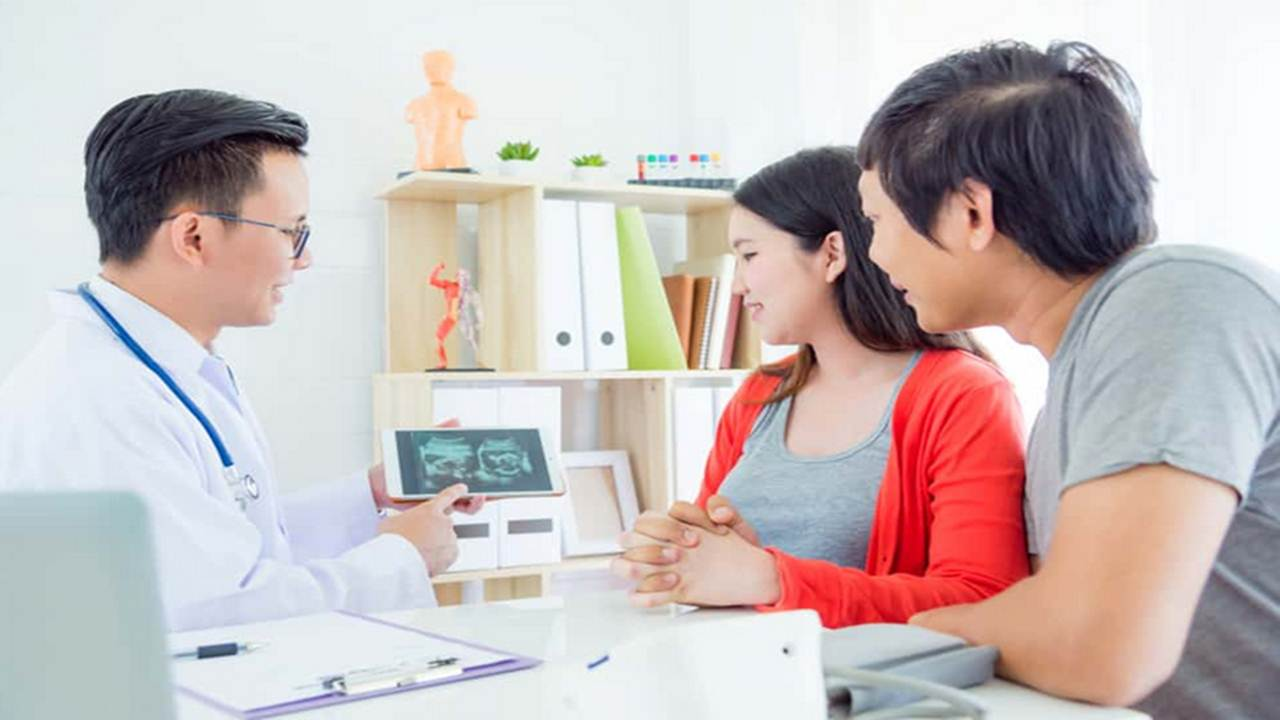 Program Hamil Sebaiknya di Bidan Atau Dokter Kandungan, Dan Berapa Biayanya?