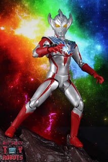 S.H. Figuarts Ultraman Taiga 02