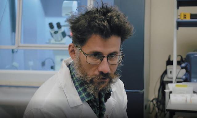 Создатель вакцины от COVID-19 убит в Петербурге. Его раздетый труп найден у дома друга