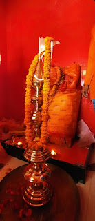 हनुमान मंदिर के शिखर पर कलश स्थापित  | #NayaSaberaNetwork