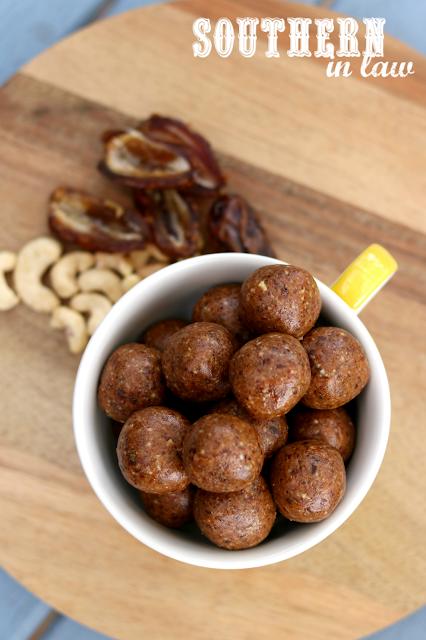 Paleo Chai Raw Balls Recipe - raw bites, vegan, paleo, grain free, gluten free, sugar free, healthy snack, clean eating recipe, energy bites, bliss balls