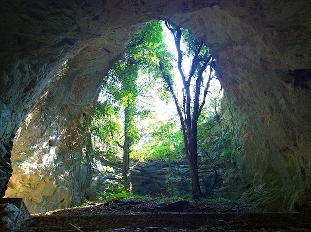 Σπήλαιο Αγγίτη το μεγαλύτερο ποτάμιο σπήλαιο του κόσμου