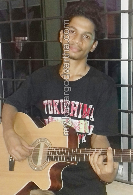 News, Kerala, District Keralotsavam, Guitar competition, Aravind, First prize, Kasargod, District Keralotsavam; Aravind got first prize in Guitar competition.