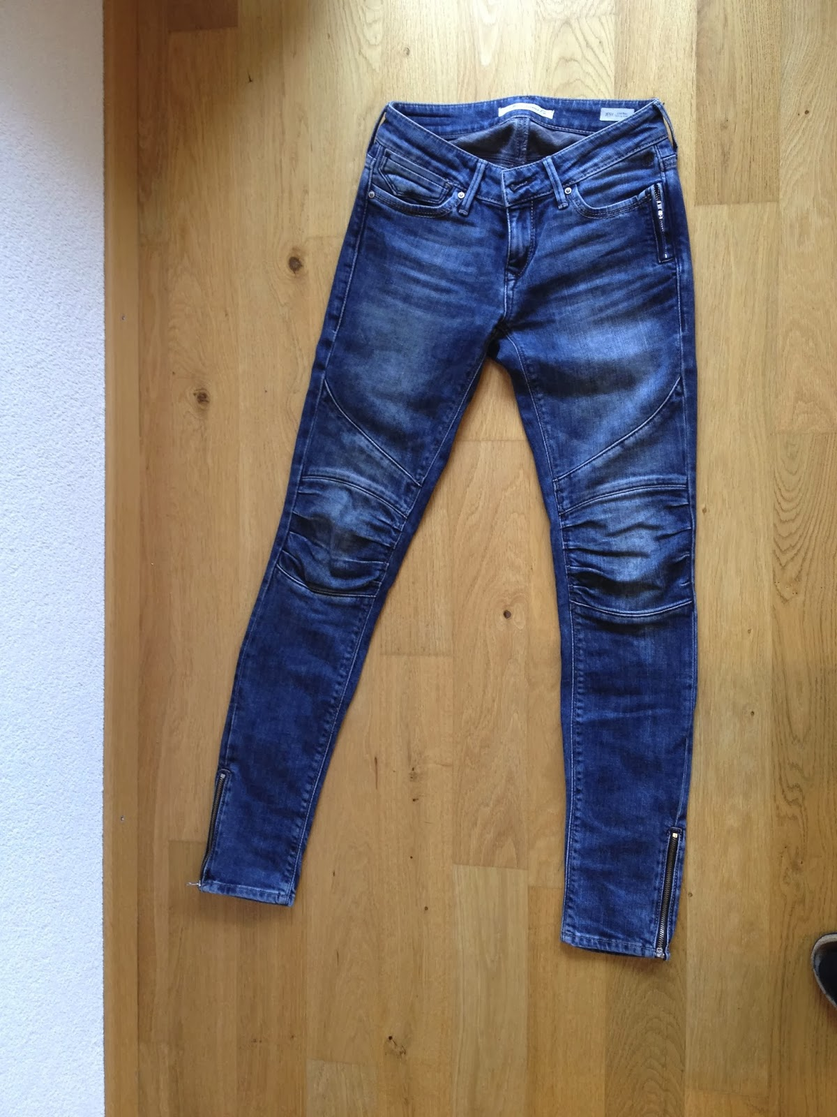 fr uleinwunder mavi biker jeans jesy mit. Black Bedroom Furniture Sets. Home Design Ideas