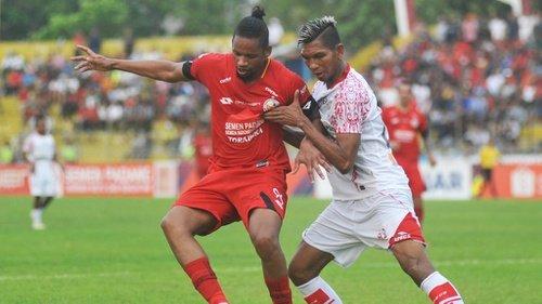SEMEN PADANG FC   Lepas Label Juru Kunci