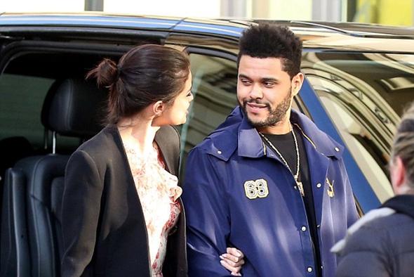 2017-01-27 セレーナ・ゴメス(Selena Gomez)ザ・ウィークエンド(The Weeknd)イタリア フィレンツェにて美術館デート。