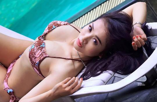Download Foto Hot Sexy Model Ratu Kirana Model Cantik Sexy Hot Majalah Dewasa dan Photography - www.insight-zone.com