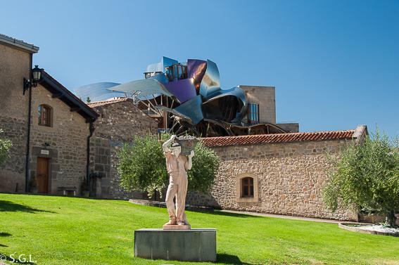Bodega Marques de Riscal. Edificio de Frank Gehry. Elciego