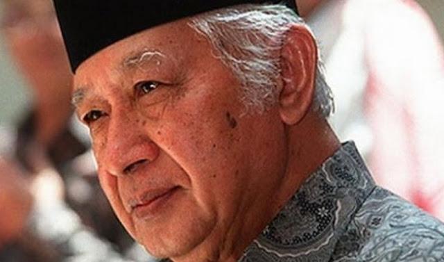 Orde Baru Lebih Baik? Silahkan Nilai saja Sendiri!!! - Foto: Suharto