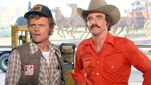Jerry Reed and Burt Reynolds in Smokey and the Bandit