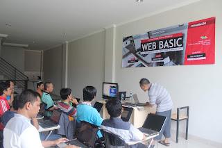 Disini Tempat Kursus Bahasa Inggris di Tambun - Bekasi WA 089638730629