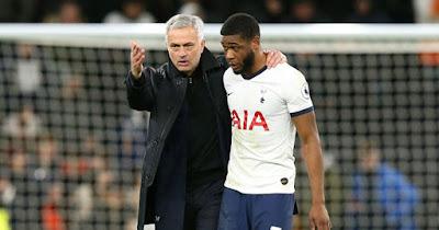 Mourinho mất trò cưng trước đại chiến MU, Tottenham ôm hận vì giao hữu