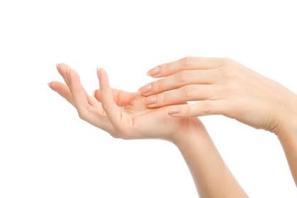 Tangan Anda Gatal,  Apa Artinya Ya?