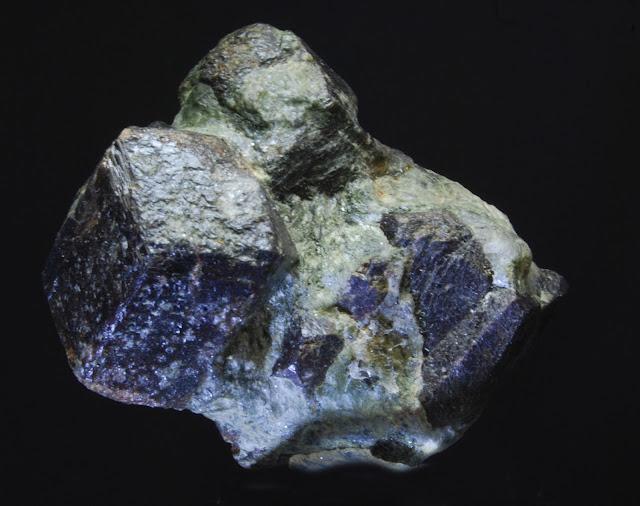 Clasificacion de Granates,fotos y yacimientos. DSC_0008
