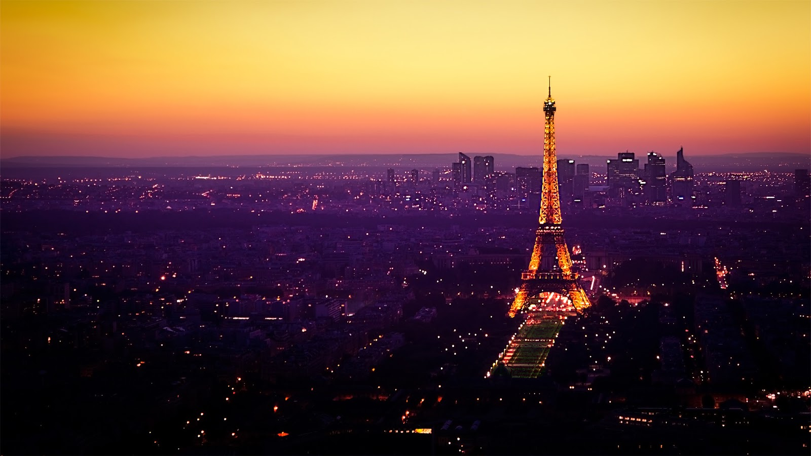 Paris: Paris at Night Wallpaper