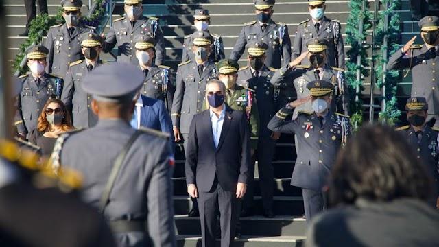 """""""La reforma policial se hará cueste lo que cueste"""" Luis Abinader"""
