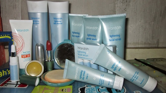 review dan harga paket wardah lightening series