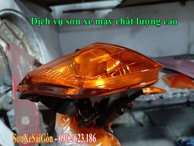 Sơn chóa đèn màu cam cực đẹp cho xe máy