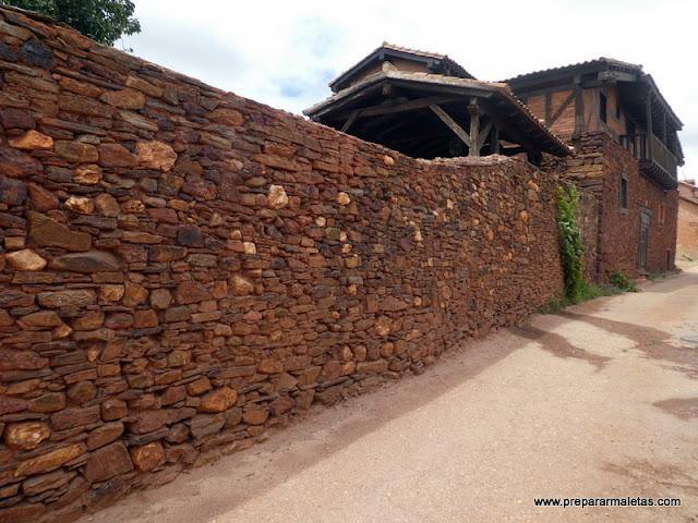 pueblos rojos y negros de Segovia, ruta en coche