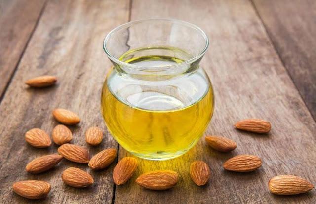 File:Applying Almond Oil skin Health Advantages.svg
