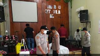 TNI dan Polri Jaga Ketat Perayaan Paskah Di Gumukmas