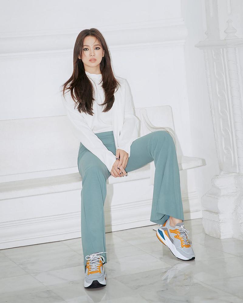cewek manis dan seksi manis dan imut Song Hye-kyo