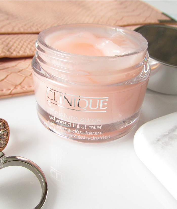 Review: Clinique Moisture Surge Extended Thirst Relief  - Konistenz , Verpackung