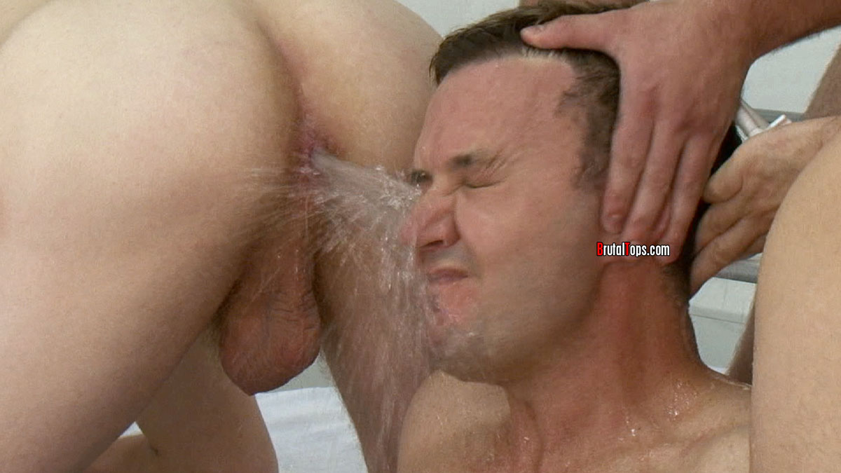 cum squirting out of mouth