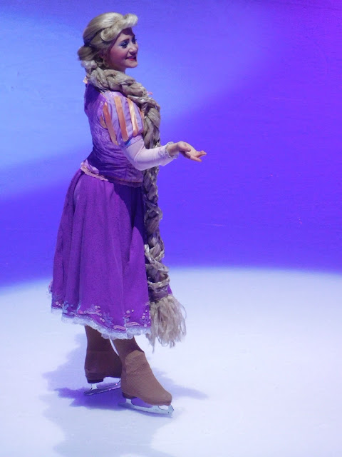 Disney on Ice presents Follow Your Heart | Tangled