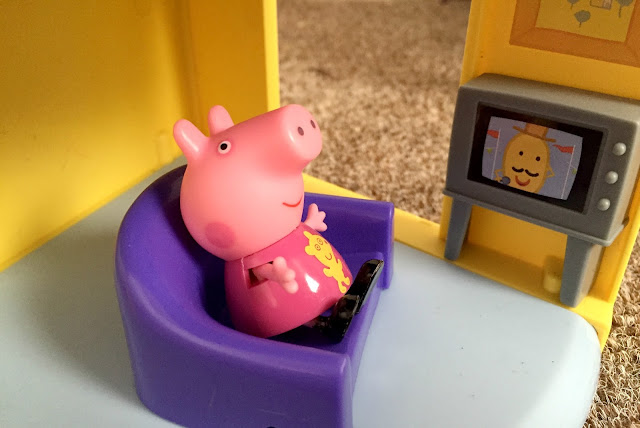 Peppa Pig Family Home Playset Review