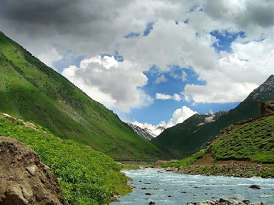 paras-valley-naran