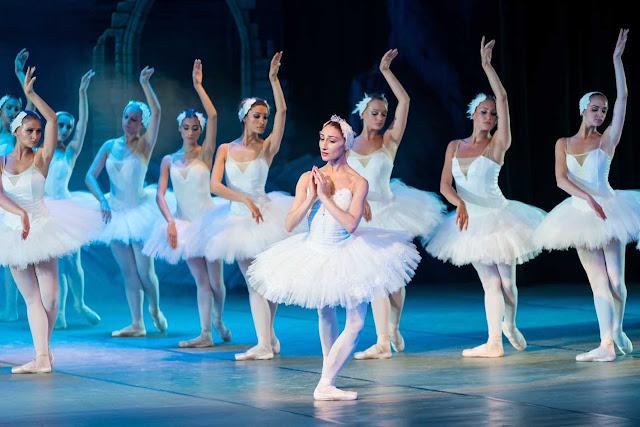 Ballet dancers perform Swan Lake