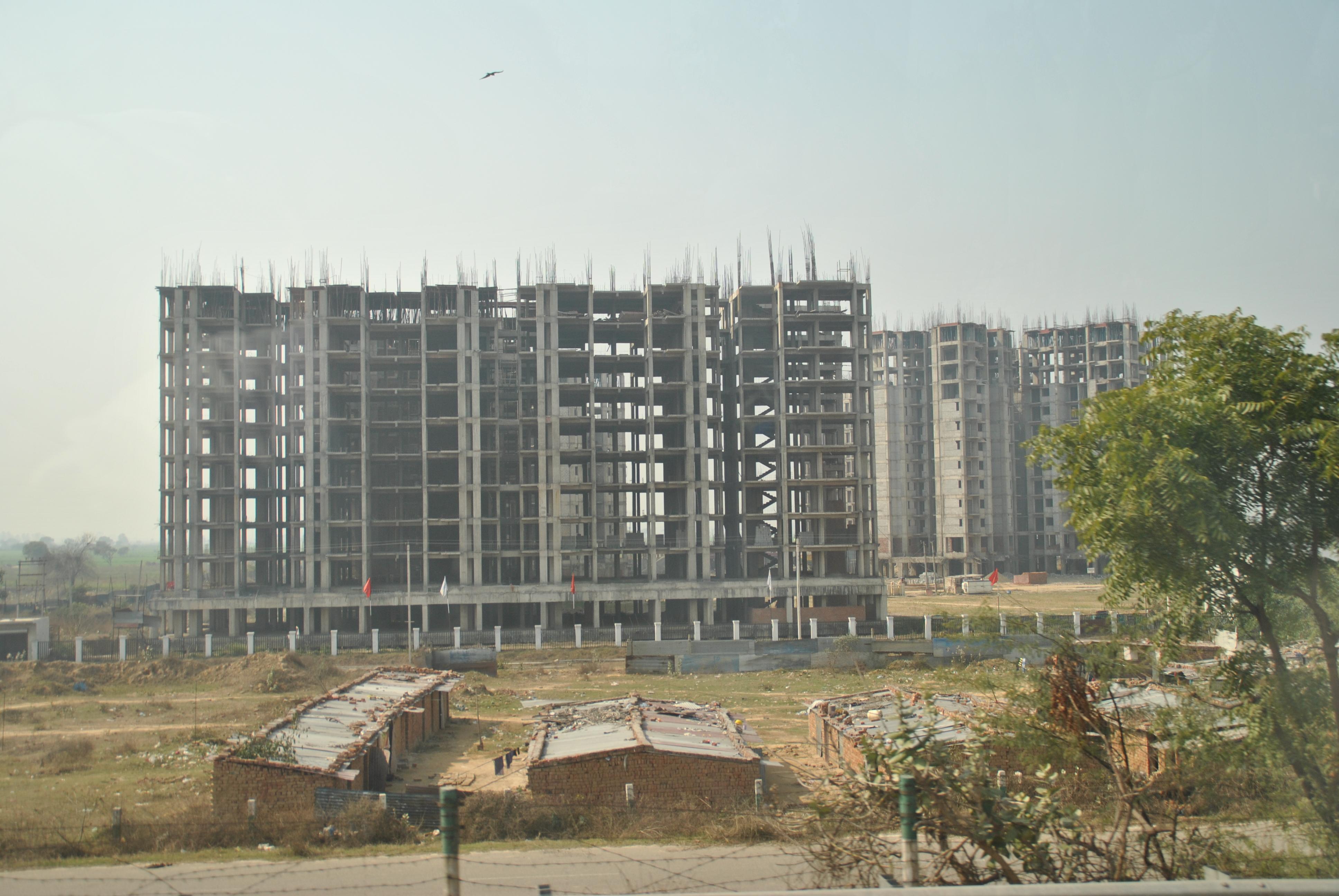 Proyek mangkrak di Noida, Uttar Pradesh, India