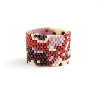 купить Широкое необычное кольцо. Размер 20 1/4 бижутерия из бисера магазин