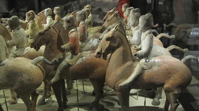 Αγάλματα ελληνικής έμπνευσης ο πήλινος στρατός στην Κίνα…!