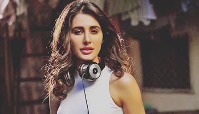 nargis fakhri pictures, bollywood actress photos, nargis fakhri photo gallery