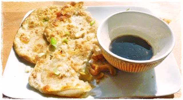 chinese-pancakes-with-dipping-sauce